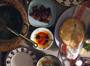 caldo verde + semolina bread, paprika oil and fried spiced tempeh